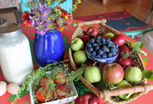 apple:plum:egg still life