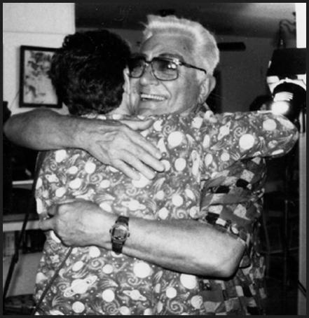 File_01 lee-hug