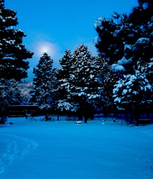 snowed:moon jan 26