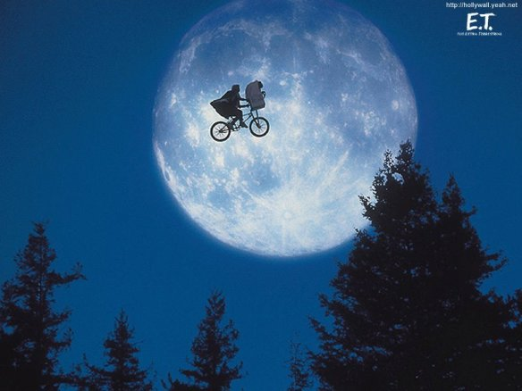 E-T-The-Extra-Terrestrial-et-the-extra-terrestrial-928615_800_600