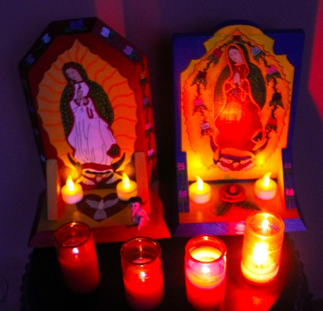2 altars night