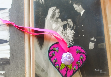 pink heart:purple rose wedding