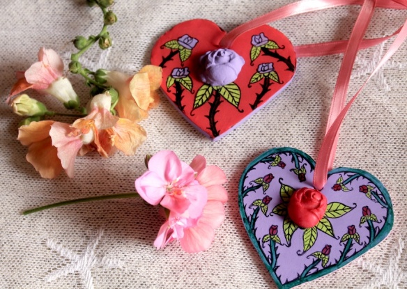 2 HEARTS:FLOWERS