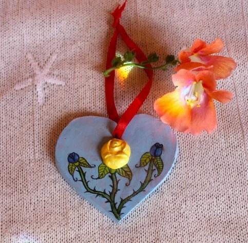 BLUE HEART:FLOWERS