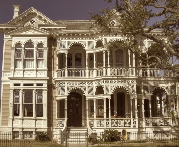 victorian house_galves