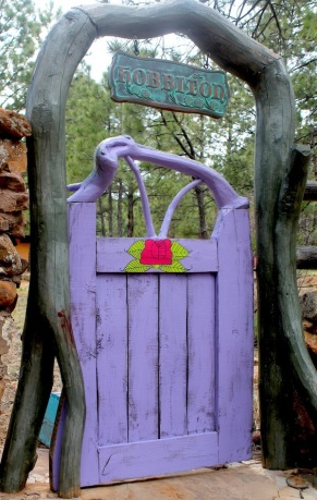 purple hobbit gate front