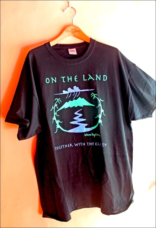 LAND TSHIRT:WALL